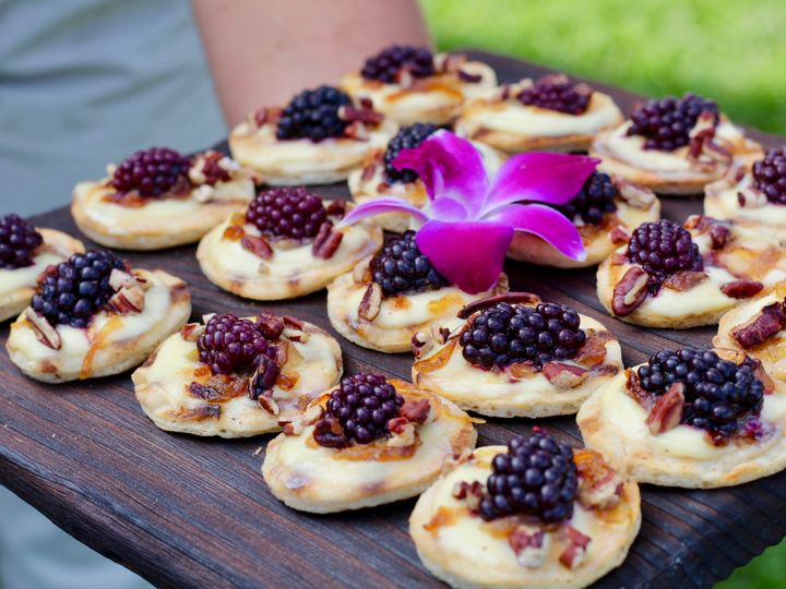 Tmx Fosters Clambakes Blackberry And Brie Crostini 51 11176 161082345389311 York Harbor, ME wedding catering