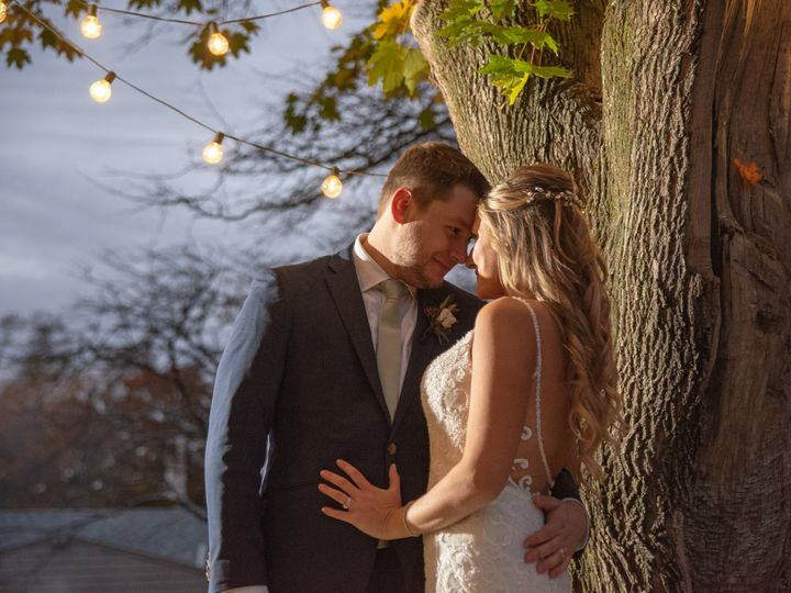 Tmx Jessi And Jason Under The Lights At Fosters Jeffrey Studio Photography 51 11176 160848701281728 York Harbor, ME wedding catering