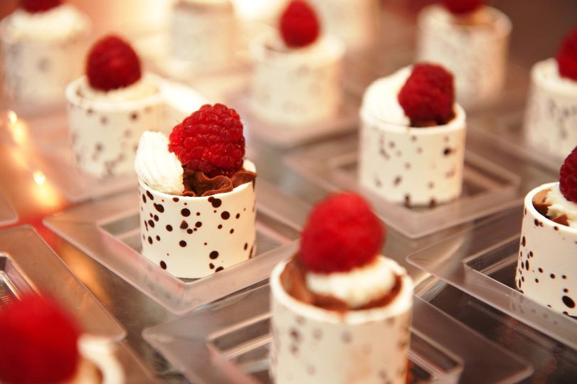 White chocolate shell, chocolate mousse, raspberry