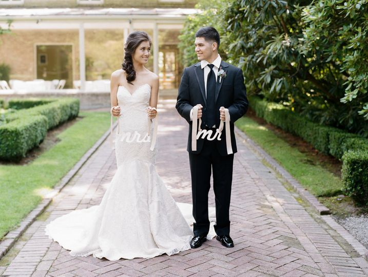 frenchlakewoldgardensinspiredwedding jennyostenson