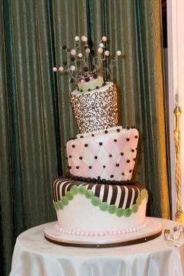modern and fun cake