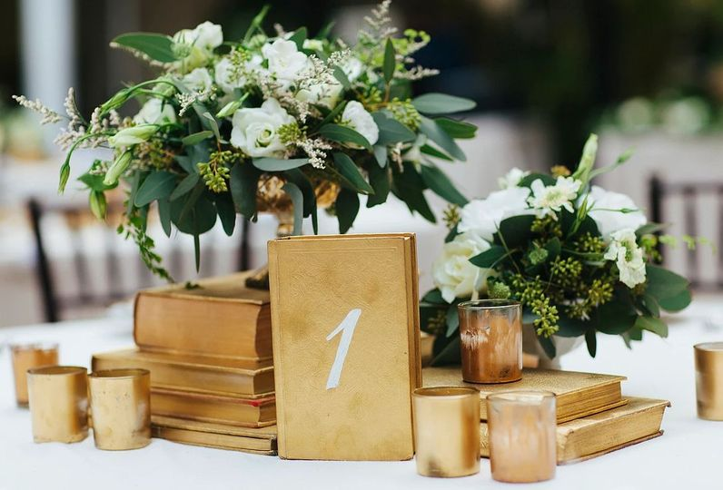 Chic gold centerpieces