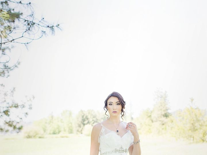 Tmx Timber River Creatively Yours Photography 2 51 929176 Newport, WA wedding planner