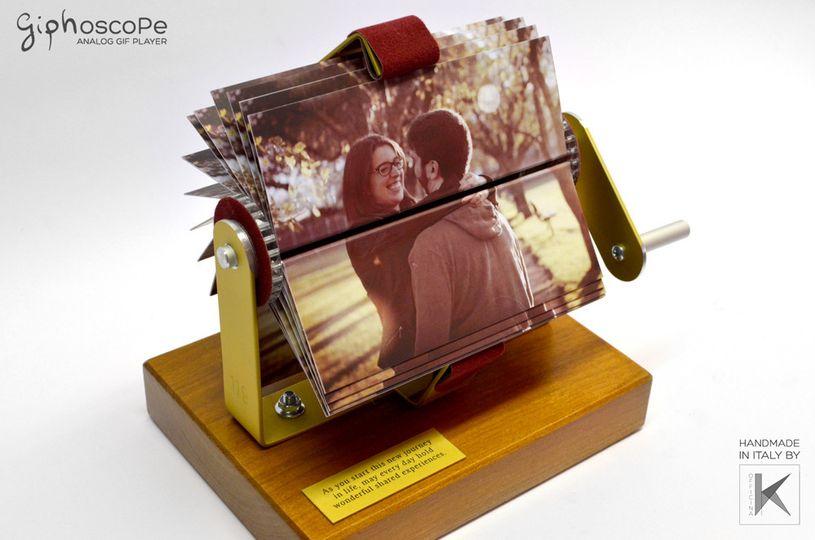 Wedding Giphoscope n. 3, created for a wedding in Canada. Aluminum holding frame with burgundy...