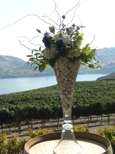 ceremomy arrangement for vineyard wedding