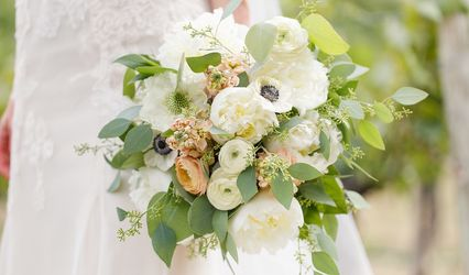 Fleur de lis Floral & Event Design