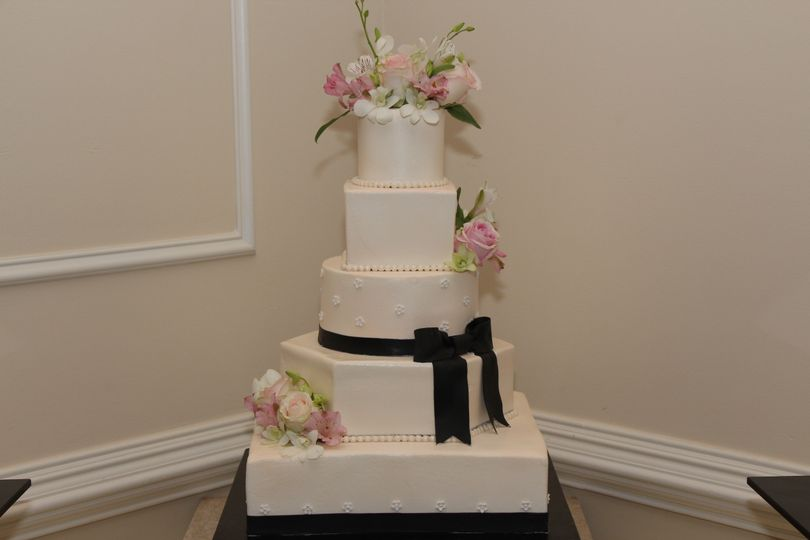 wedding cakes in reading the well dressed cake llc wedding cake reading pa 24748