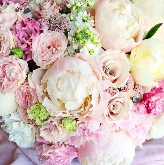 Pompon Flower Boutique