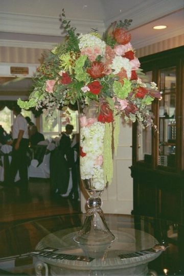 This beautiful garnier arrangement was the first thing guests saw when entering the country club for...