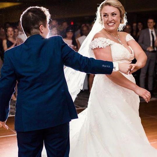 Couple dance   Dutcher Photography