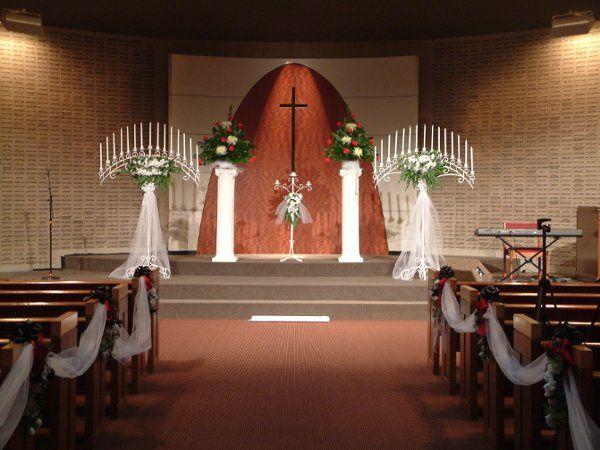 Wedding Aisle Decorations  Candleabras, Floral Arrangements  Pedestal