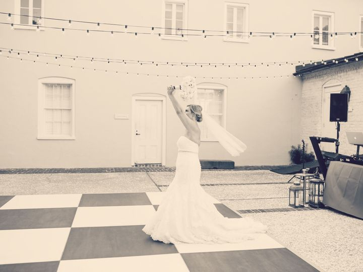 Tmx 1517516867 5d40517be7916205 1517516866 A84b98063701618c 1517516865004 5 Awesome Pic Of Dar Charleston wedding dj