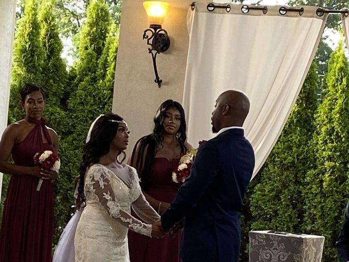 Tmx Img 4401 51 1008376 159603903095709 Detroit, MI wedding officiant