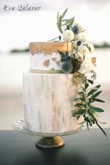 eva salazar cake design wedding cake miami fl weddingwire. Black Bedroom Furniture Sets. Home Design Ideas