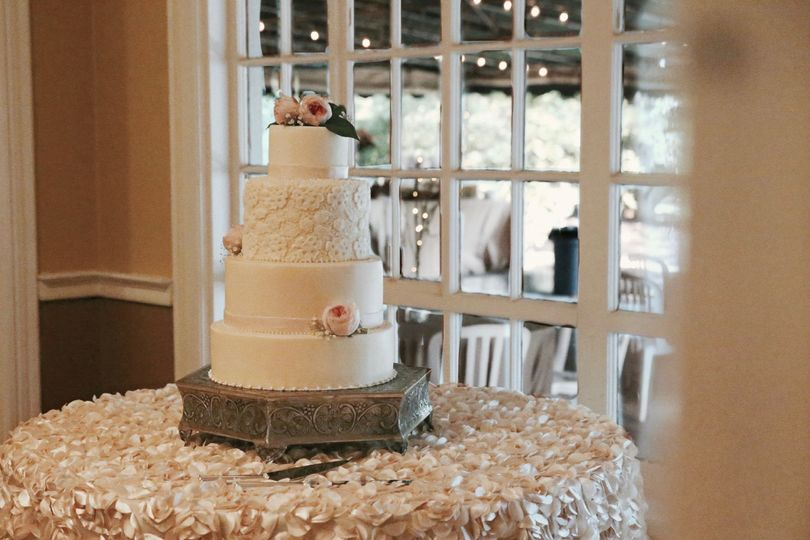 A classic four-tiered wedding cake