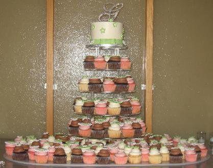 Tmx 1259872067190 Greenflowercupcaketower Overland Park wedding cake
