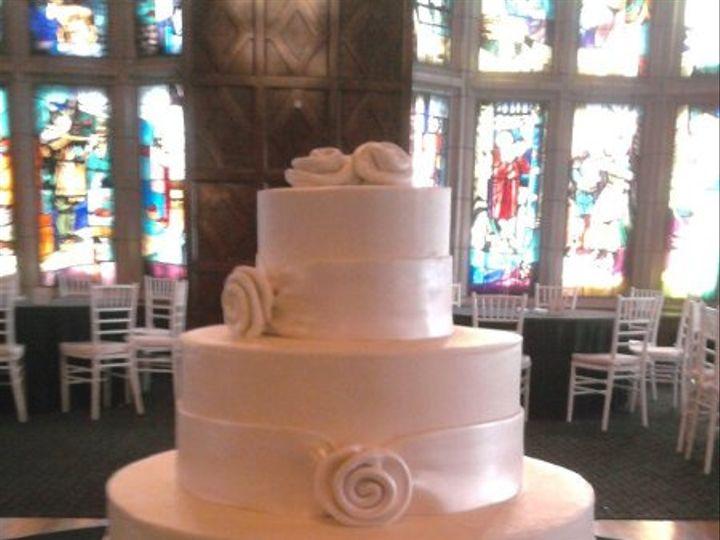 Tmx 1310449920362 Roseribbonwedding2 Overland Park wedding cake