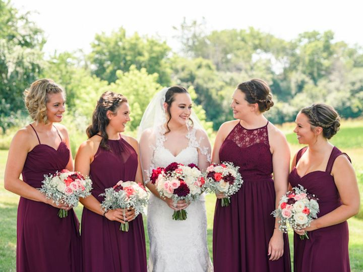 Tmx Stephanie Group 51 1004476 160027007881931 Lake Geneva, WI wedding beauty