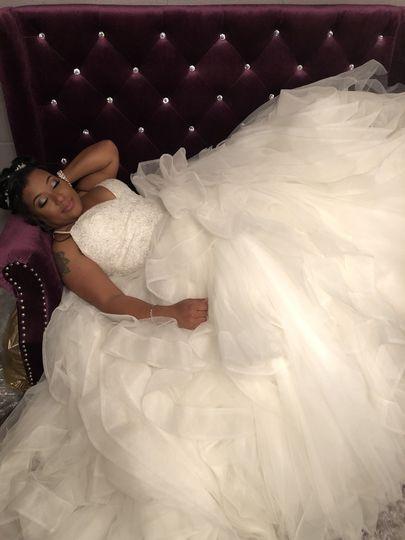 Le Clé Chateau - happy bride