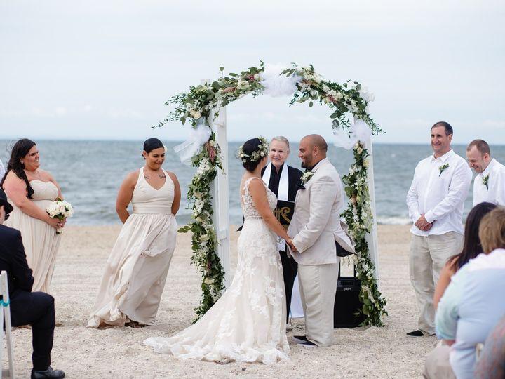 Tmx Daniellemike 417 51 682576 1562556331 Glen Head, New York wedding officiant