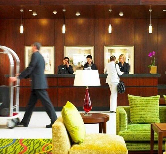 Wedding Reception Venues In Portsmouth: Renaissance Portsmouth Hotel