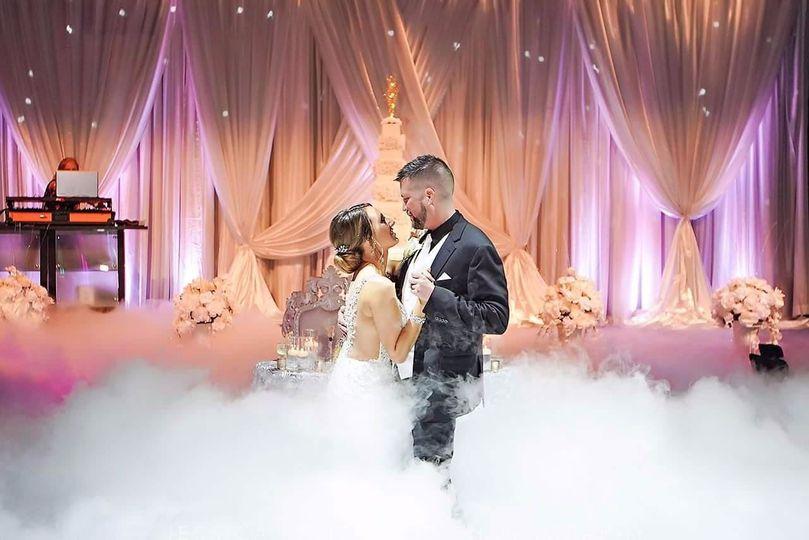 K&M Dancing On A Cloud