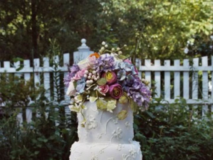 Tmx 1182354138937 Lilacsandrannunculussummerweddingcake Bridgeton wedding cake