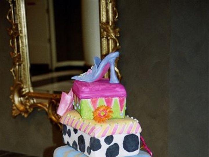 Tmx 1182354326953 Designershoeboxes Bridgeton wedding cake