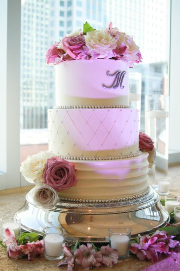 Cake topped with roses