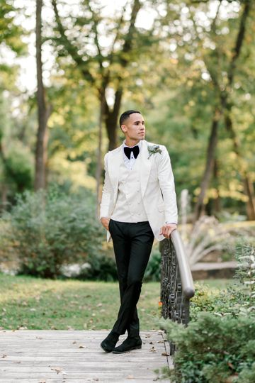Groom look by Don Morphy