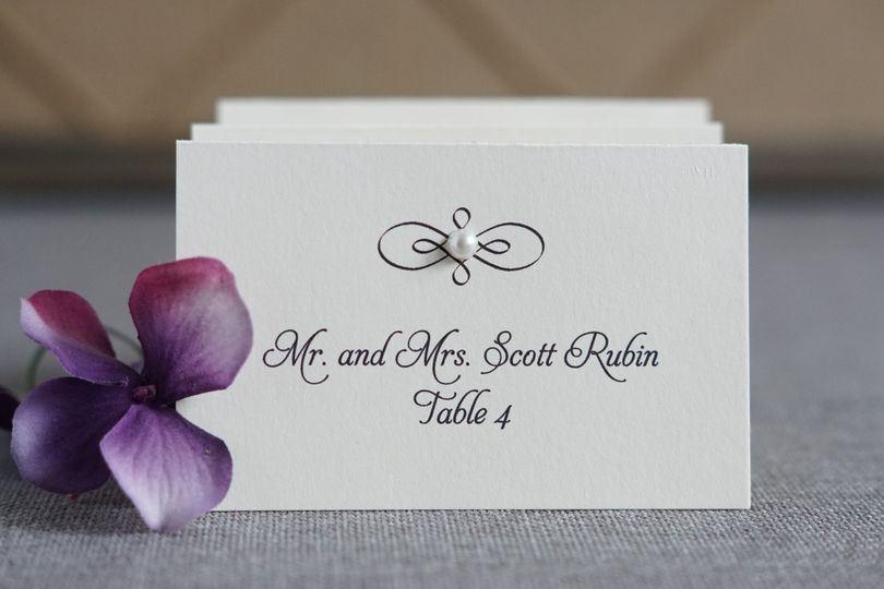 Elegant and simple place cards