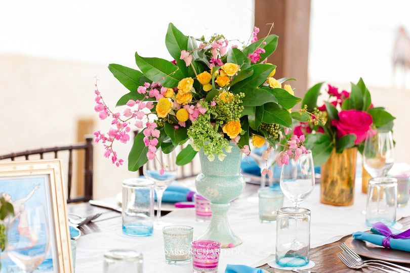 Colorful center piece, destination wedding Los Cabos