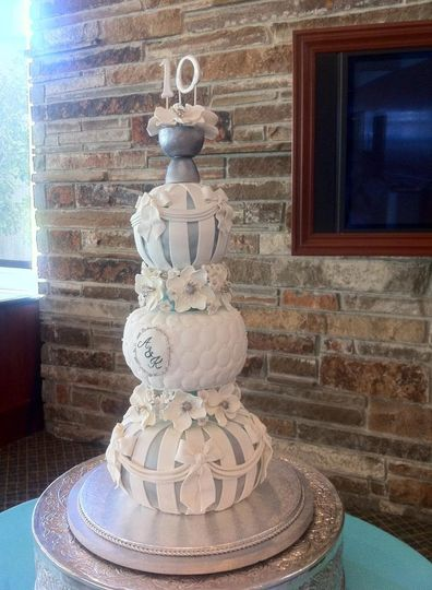 Mission City Cakes Wedding Cake Santa Clara CA WeddingWire - Sphere Wedding Cake