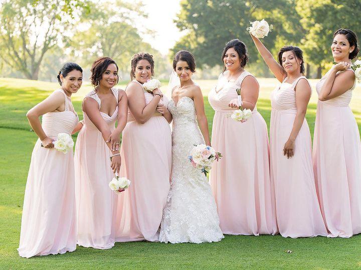 Tmx 1538683151 712c43c6f595ea12 1538683150 9b82287c20416d3a 1538683150009 3 S G 0580 Chicago, Illinois wedding beauty