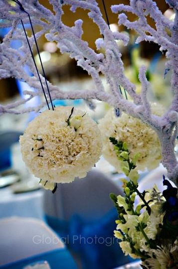 hanging flower balls as center pieces on tables