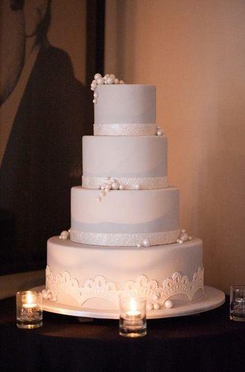 ef3ecb64bb3dae29 1519591490 22bc9e0881454b30 1519591490179 13 Pearl Lace cake