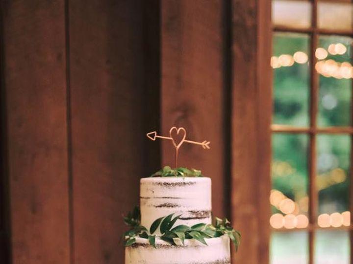 Tmx 1519591487 C683c2455aab03b0 1519591486 38b118581e680139 1519591486688 12 Naked W Leaves Bloomfield, NJ wedding cake