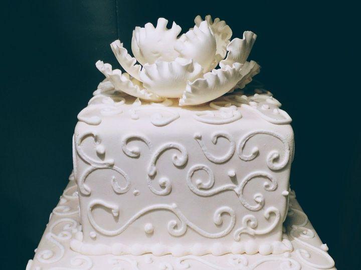 Tmx 1519591498 2de938f8ee36a997 1519591497 3308890da11f723e 1519591497409 15 SAM 5743 Bloomfield, NJ wedding cake