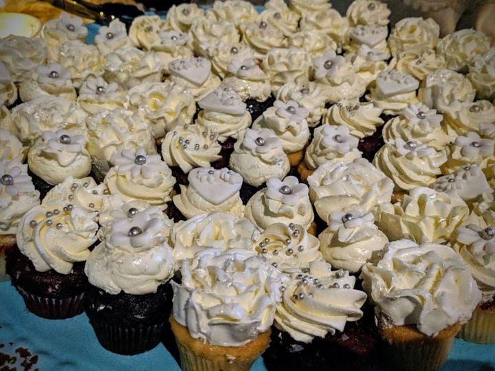 Tmx 1531246997 20c089313aa21c57 1531246995 4a8edf75ecd6c39d 1531246995123 17 Mini Wedding Cupc Bloomfield, NJ wedding cake