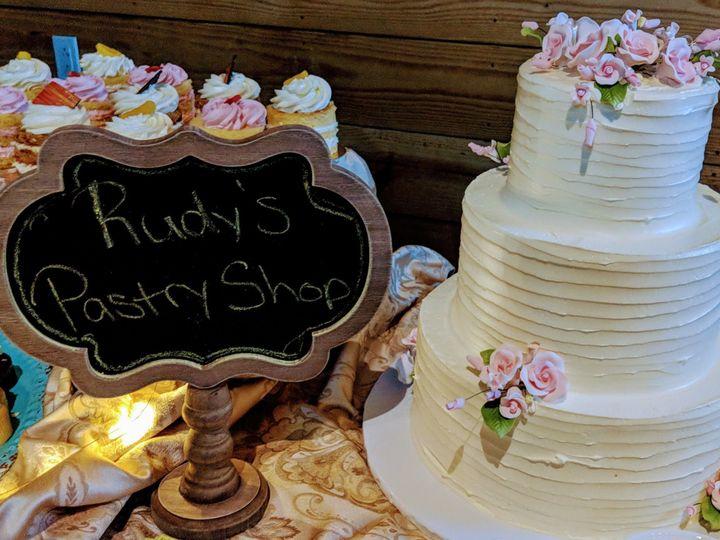 Tmx 1537219117 8302b1b2d3bb9f05 1537219116 003f42f35d7a4a0d 1537219116067 3 IMG 20180613 18162 Bloomfield, NJ wedding cake