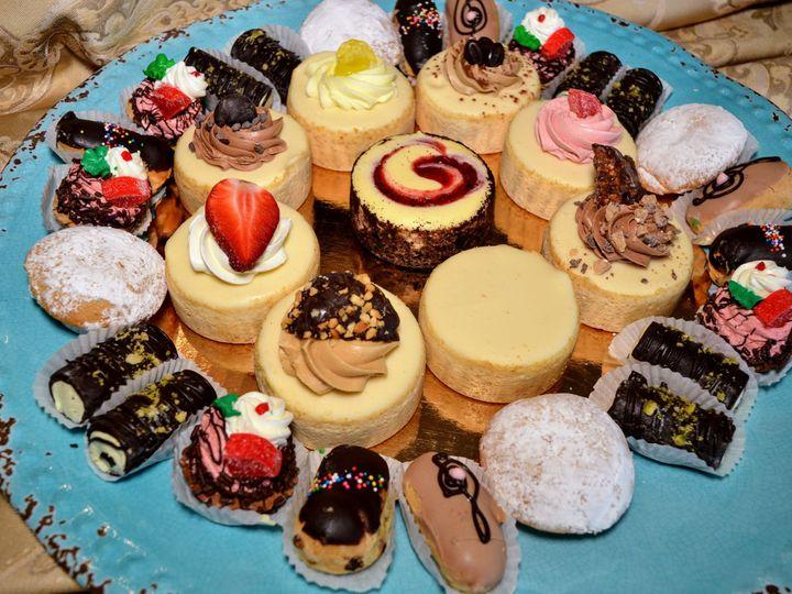 Tmx 1537220743 7e01553d587467c0 1537220741 3c619793b9ef594c 1537220739930 15 Pastries Cheeseca Bloomfield, NJ wedding cake