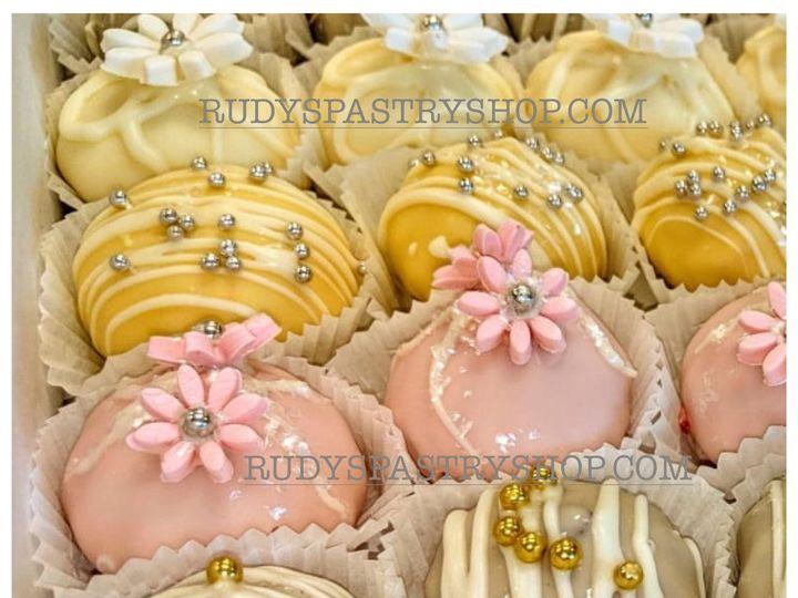 Tmx Drops Wedding 01 51 603676 1566967497 Bloomfield, NJ wedding cake