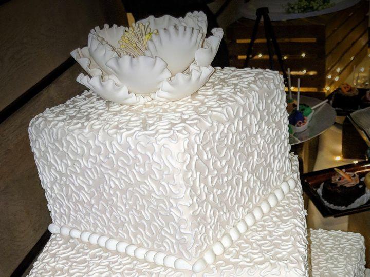 Tmx Wedding Cake D1 51 603676 Bloomfield, NJ wedding cake