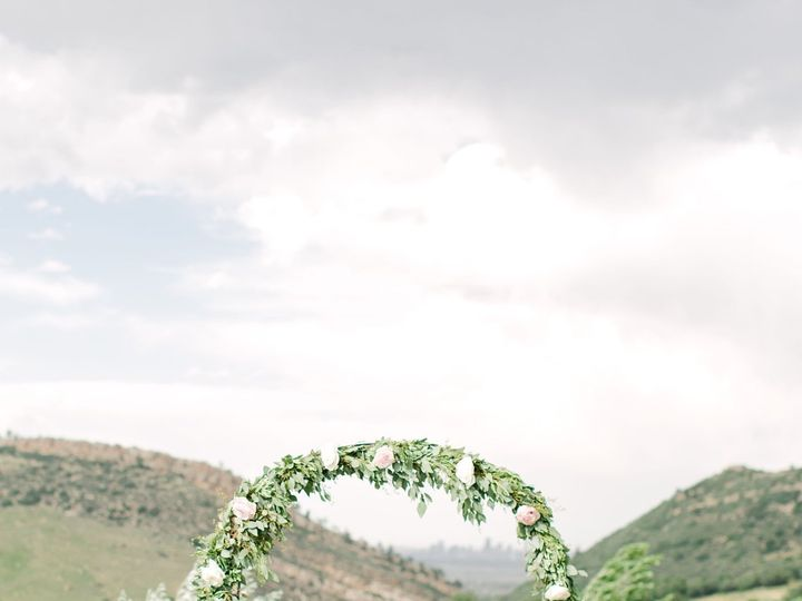 Tmx 1534222280 7190bba4efaed28a 1534222277 18550ae77da8a352 1534222272036 12 4233E305 3F76 4F9 Denver, CO wedding planner