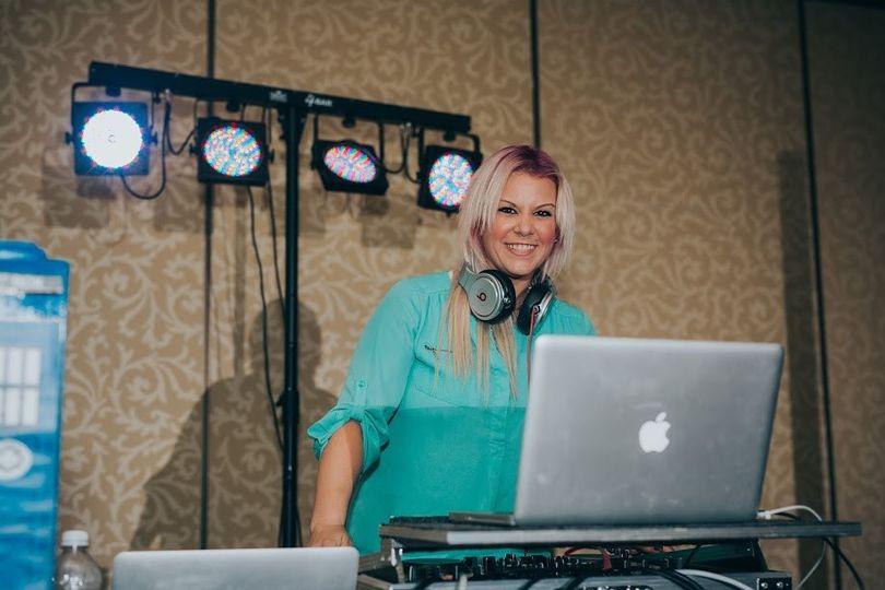 DJ Kelly Hooper