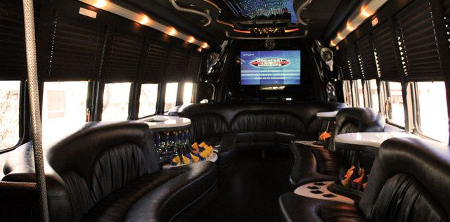 pick a limo party bus 2