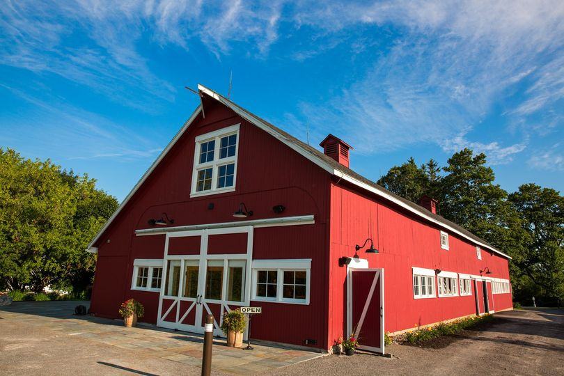Exterior view of Red Barn 20 at Windridge Estate
