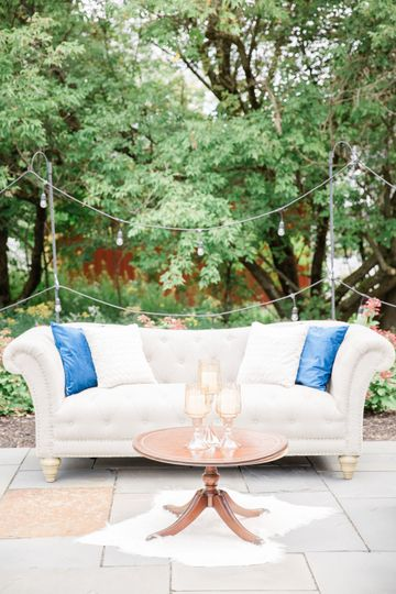 Sofa | Laura Rose Wedding Photography