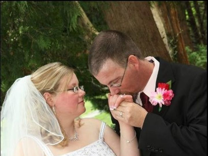 Tmx 1394143499117 181402247902895319930662574871 Akron wedding florist