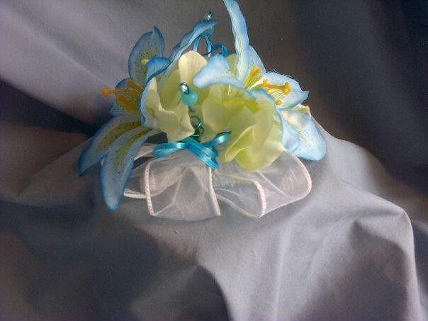 Tmx 1394143678709 936926102010707291883491420546370 Akron wedding florist